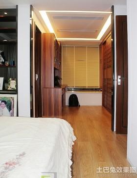 卧室过道木地板装修图片