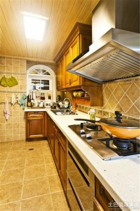 美式风格狭长型厨房装修效果图欣赏