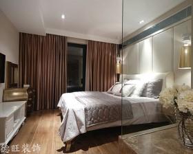 2013家装卧室落地窗窗帘装修效果图片