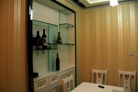 2013现代简约餐厅酒柜装修效果图