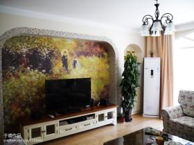 田园风格彩绘电视背景墙装修效果图