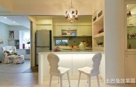 田园风格厨房家具装饰图片