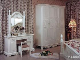 欧式卧室家具套装装修效果图