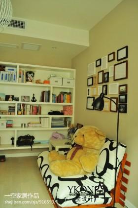 小户型书房照片背景墙