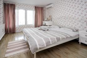 卧室碎花壁纸图片欣赏