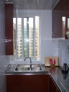 现代简约家装小厨房装修效果图片