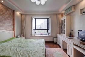 现代简约90平米二居卧室飘窗效果图