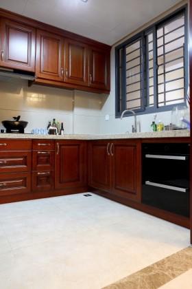 中式风格橱柜最新中式厨房装修效果图欣赏