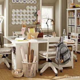品牌儿童书桌图片