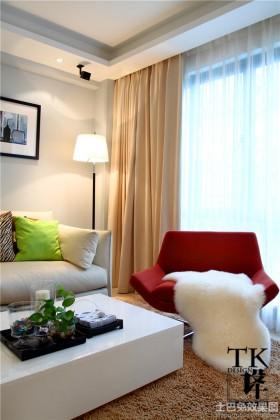 现代风格70平米小户型客厅休闲沙发图片