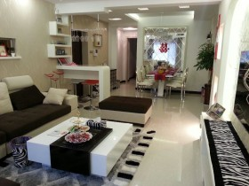 现代二居婚房室内装修效果图片