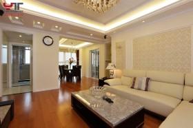 简约风格客厅沙发茶几图片