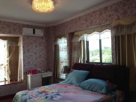 卧室花纹壁纸图片欣赏