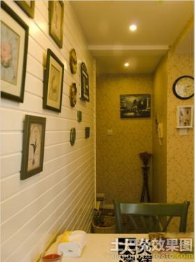 小户型餐厅相框墙效果图