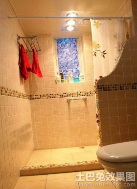 卫生间淋浴室毛巾架图片