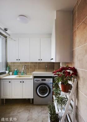 阳台储物柜生活阳台洗衣房装修效果图片