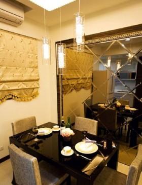 简约二居餐厅菱形镜面背景墙效果图