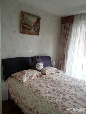 田园风格卧室布艺软床图片