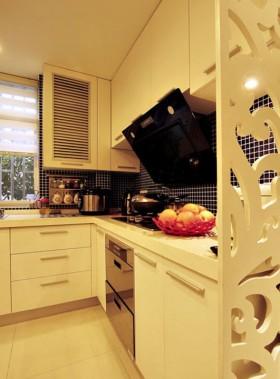 宜家厨房橱柜装修效果图片