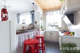 田园风格吧台式厨房装修效果图