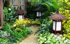 日式庭院灯图片