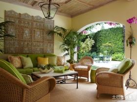 法式田园沙发背景墙装修效果图