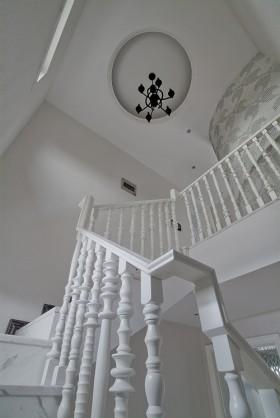 别墅楼梯吊顶装修效果图