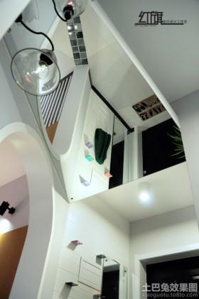 室内玻璃镜面天花板装修效果图