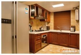 开放式厨房L型实木橱柜效果图