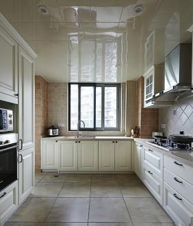简欧式厨房橱柜装修效果图图片
