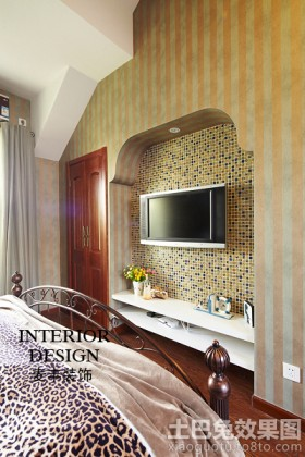 卧室玻璃马赛克背景墙效果图