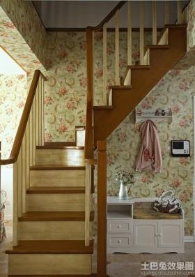 田园风格阁楼楼梯装修效果图