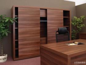 实木家庭装修书房效果图
