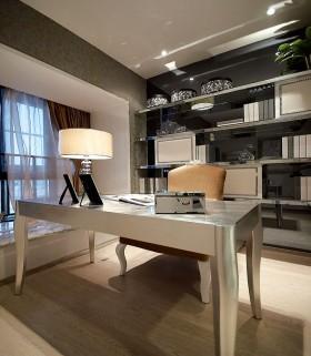 欧式风格书房书桌效果图