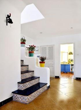 地中海风格复式家居楼梯踏步装修效果图