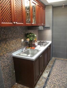 东南亚风格卫生间浴室柜装修效果图