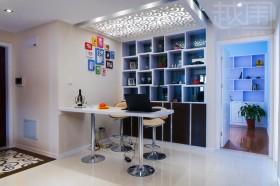 现代风格100平米家居吧台酒柜效果图