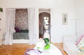 女性单身公寓卧室布置效果图