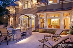 美式别墅室外阳台装修效果图片