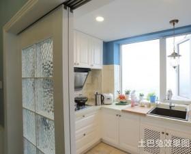 地中海风格厨房装修隔断门效果图
