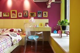 现代风格儿童房照片墙效果图