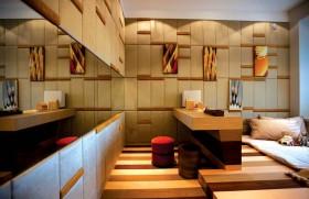 后现代风格次卧室装修 地台装修效果图