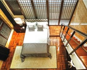 中式古典风格卧室楼梯装修效果图