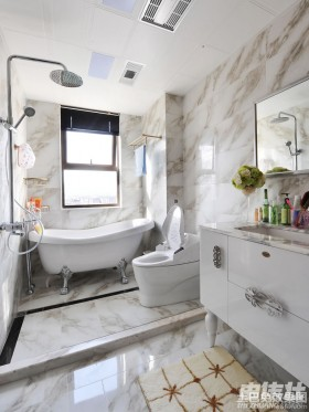 新古典风格卫生间瓷砖效果图