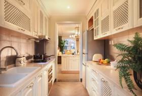 混搭风厨房白色橱柜效果图