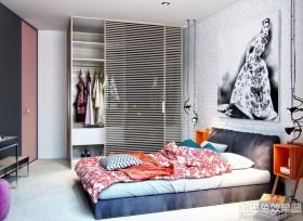 卧室大衣柜装修效果图片欣赏