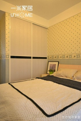 温馨次卧室装修图片