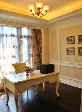 欧式风格书房白色书桌效果图