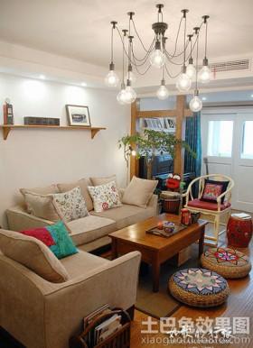混搭二居客厅吊灯造型设计