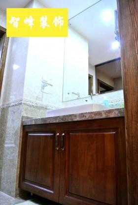 现代风格卫生间实木浴室柜效果图